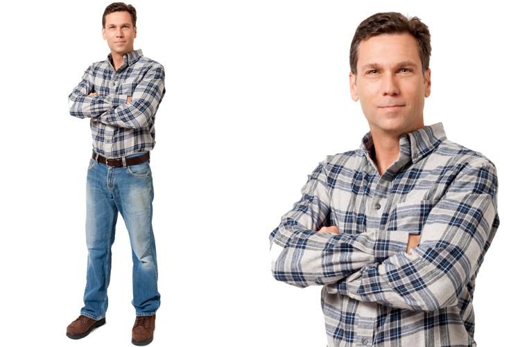 Auch wenn ohne Kundenkontakt gepflegte Erscheinung wichtig. Gut gebügeltes Hemd.